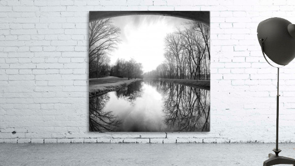 The Canal, Black and White
