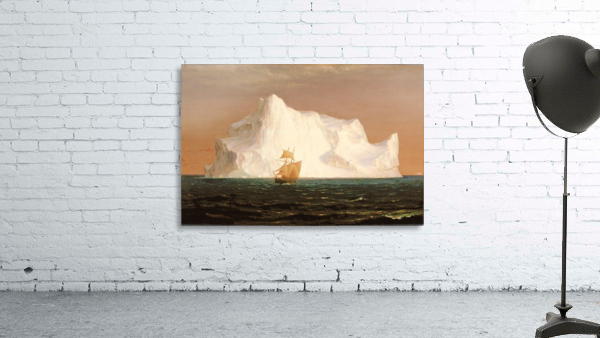 A boat sailling to an iceberg