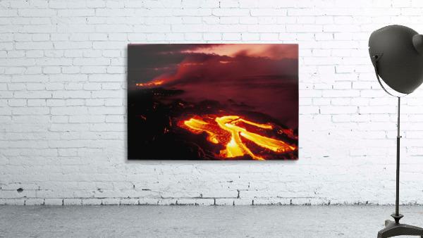 Hawaii, Big Island, Hawaii Volcanoes National Park, Lava Flow Glows In Early Dawn