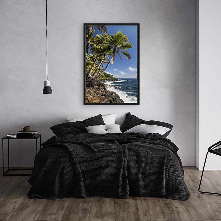 Palm trees along the Puna coastline, near Kalapana; Island of Hawaii, Hawaii, United States of America  Art