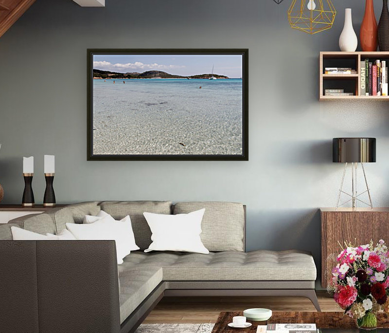 Rondinara beach with Floating Frame