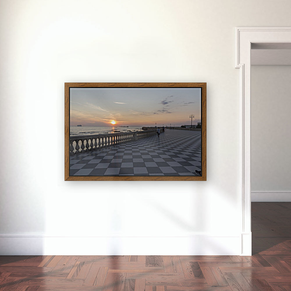 Tramonto a Livorno with Floating Frame