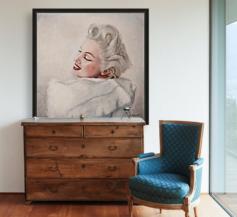 Marilyn in white mink  portrait 1 with Floating Frame
