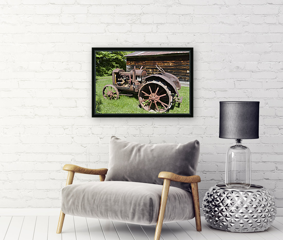McCormick-Deering gasoline tractor 2  Art