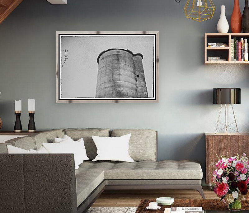 Silo with Floating Frame