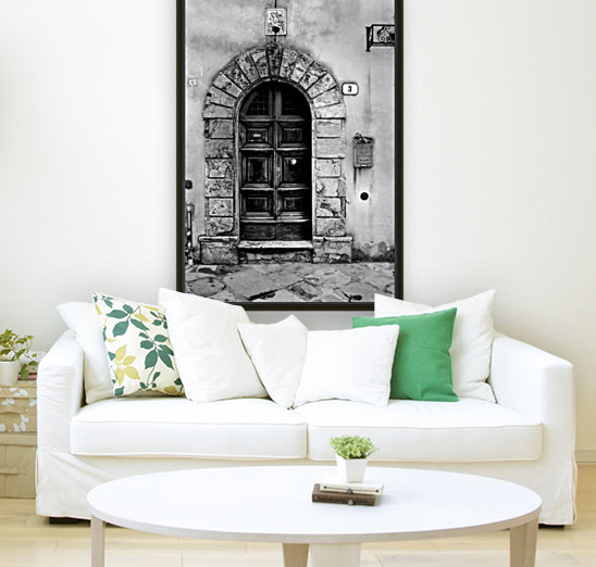MONTEPULCIANO with Floating Frame