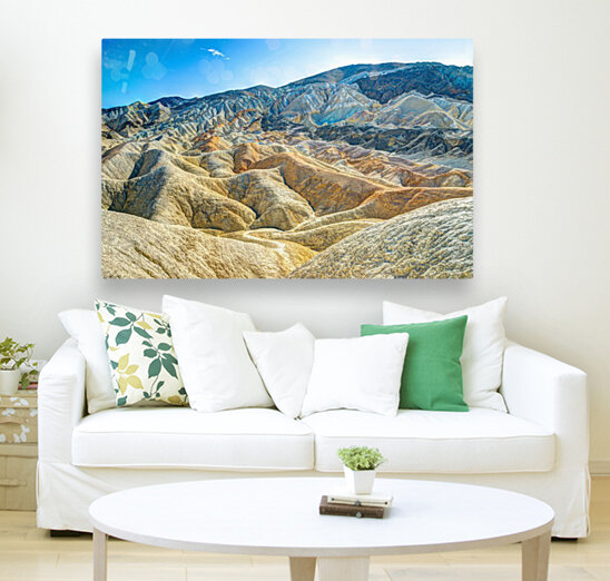 Death Valley Waves with Floating Frame