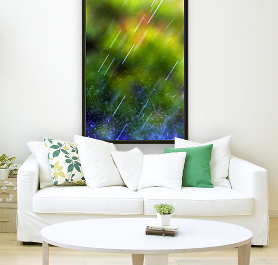 Rain Falling with Floating Frame