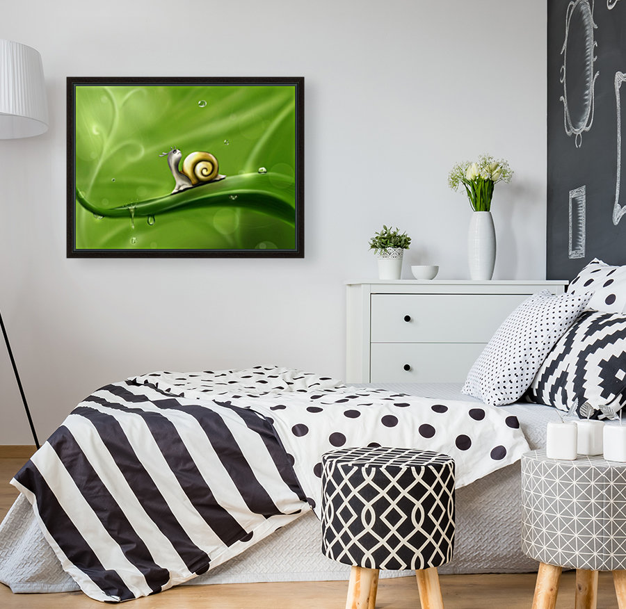 Snail with Floating Frame