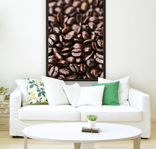 Medium dark roast Kona coffee beans close up; Holualoa, Big Island, Hawaii, United States of America  Art