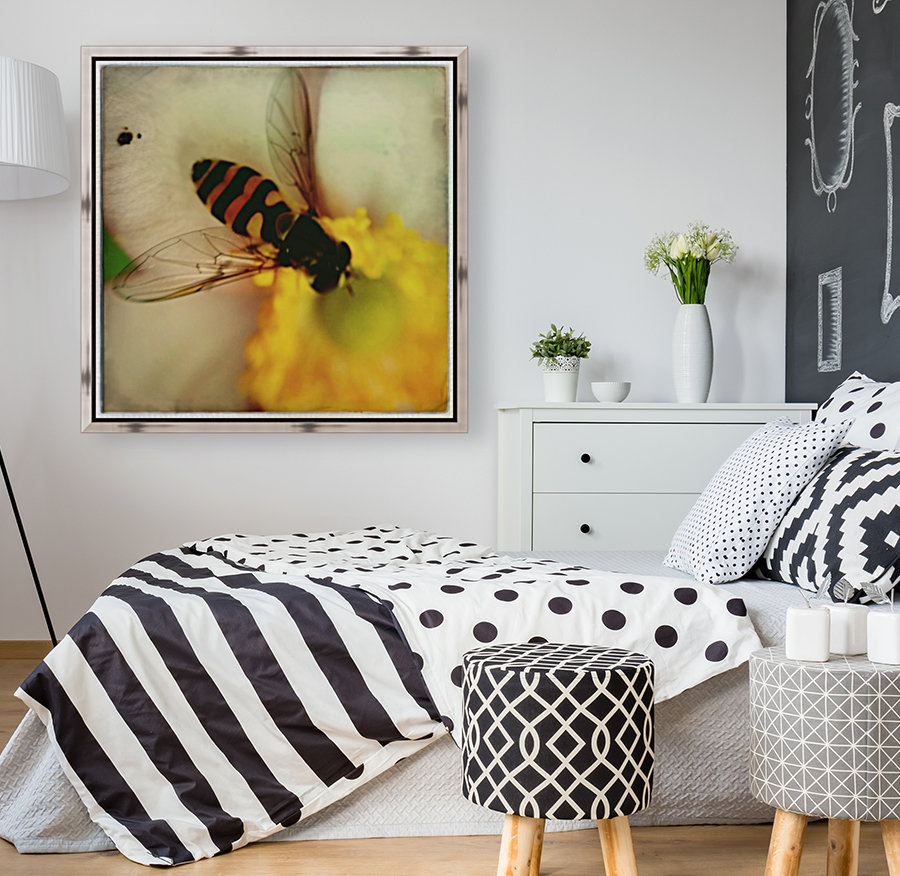 Bee-ing  Art