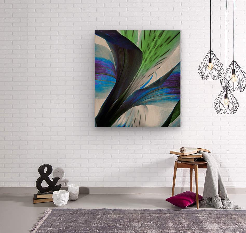 Vibrant Iris  Wood print