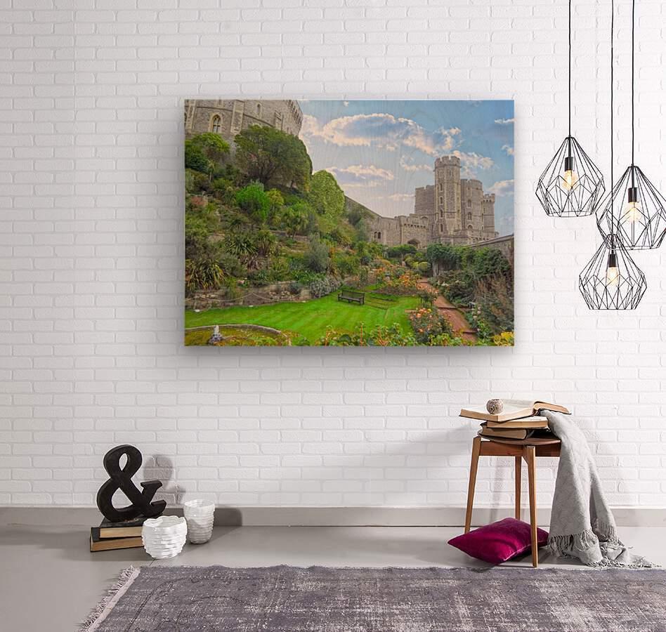 Windsor Castle Under Beautiful Blue Skies - Berkshire United Kingdom  Wood print