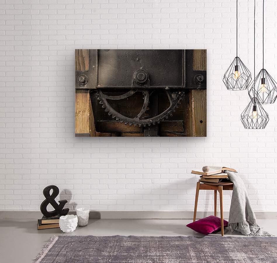 Une roue figee dans le temps  Wood print