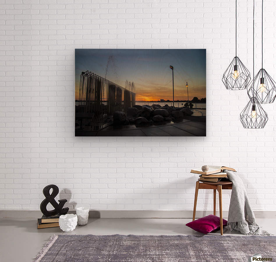 Fountain Sunset  Wood print