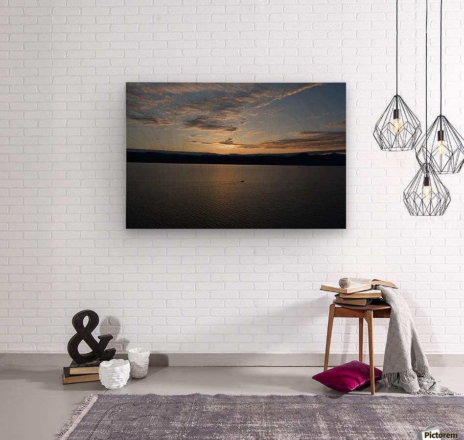 Sunset Boating on Champlain II  Wood print