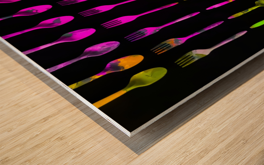 fork and spoon pattern in pink blue yellow with black background Wood print