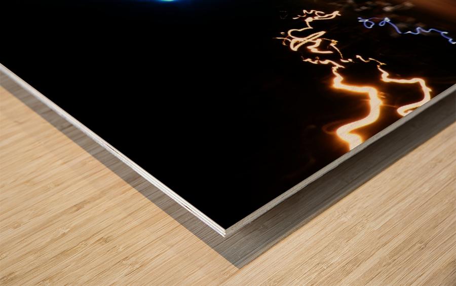 E (8) Wood print