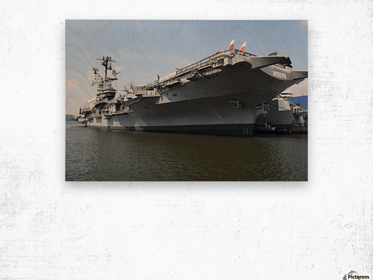 THE INTREPID, NEW YORK Wood print