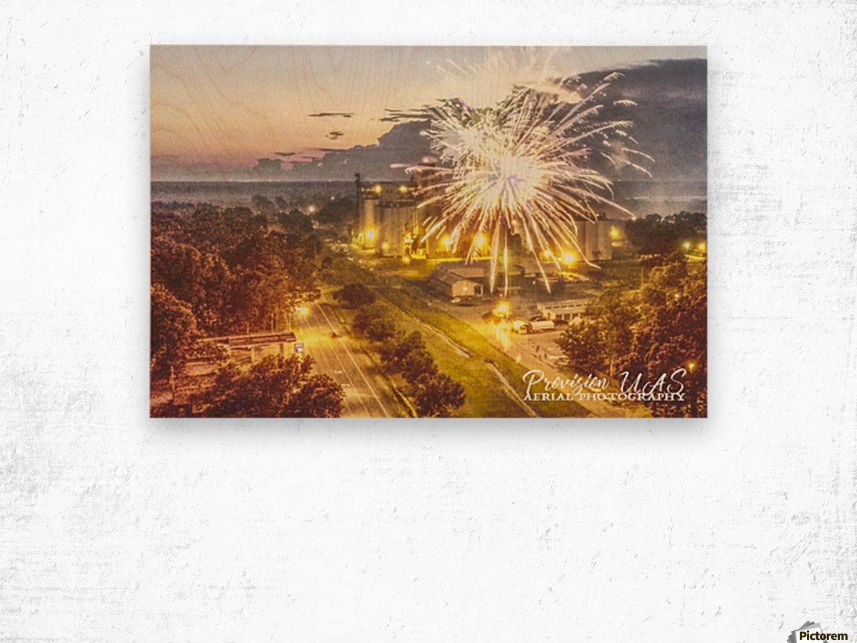 Lonoke, AR   4th of July Wood print