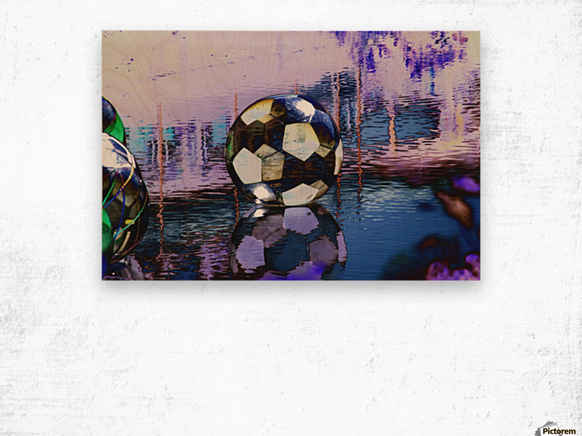 Large water ball. Wood print