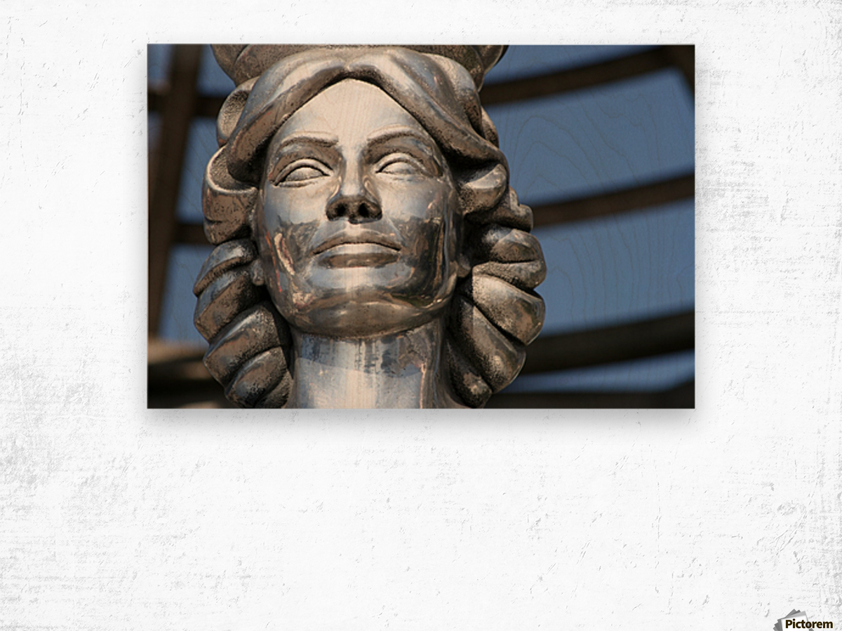 Silver Statue Face of Dorothy Dandridge Wood print