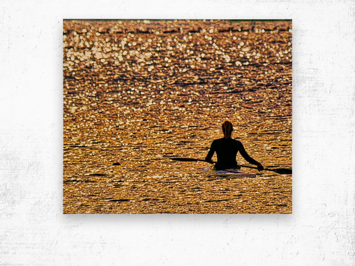 Paddle paused Wood print