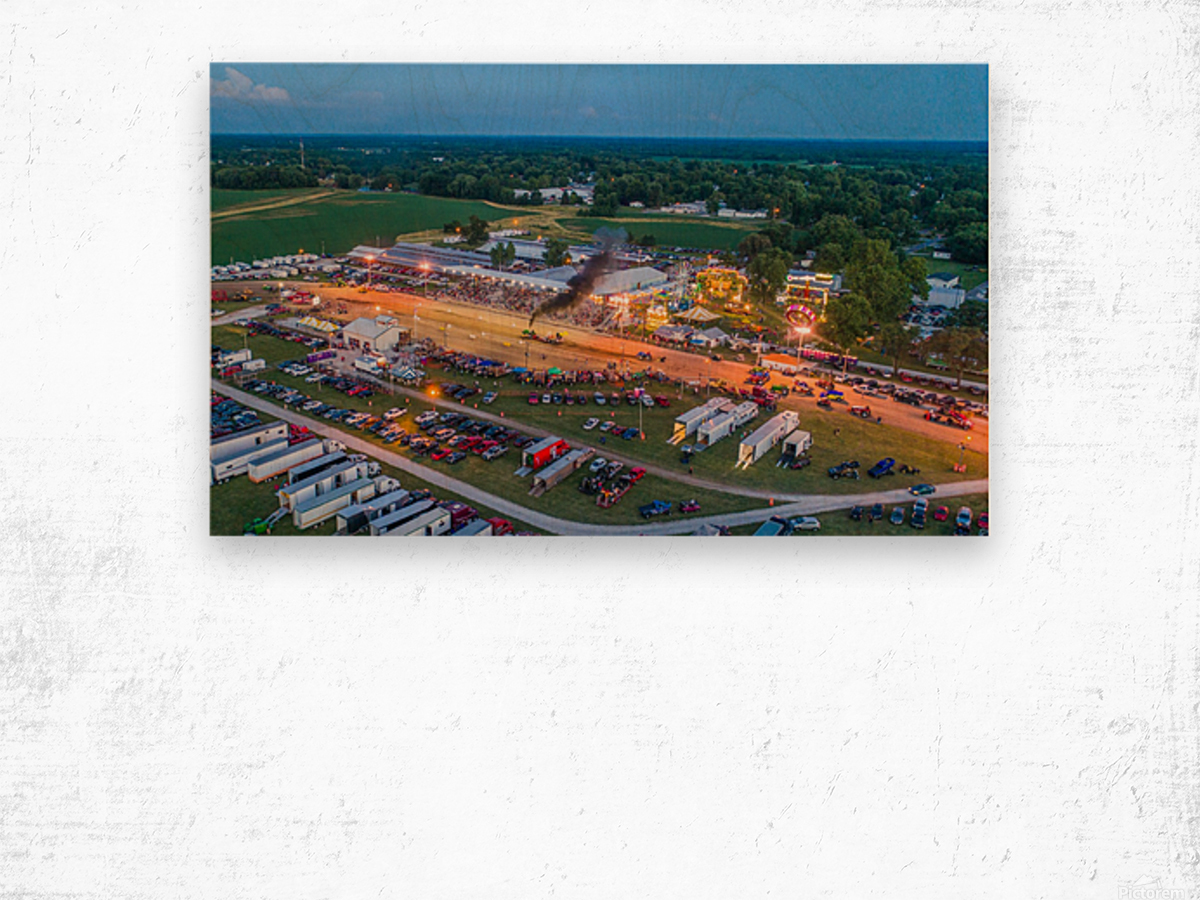 2017 Schuyler Co Fair Tractor Pull Wood print