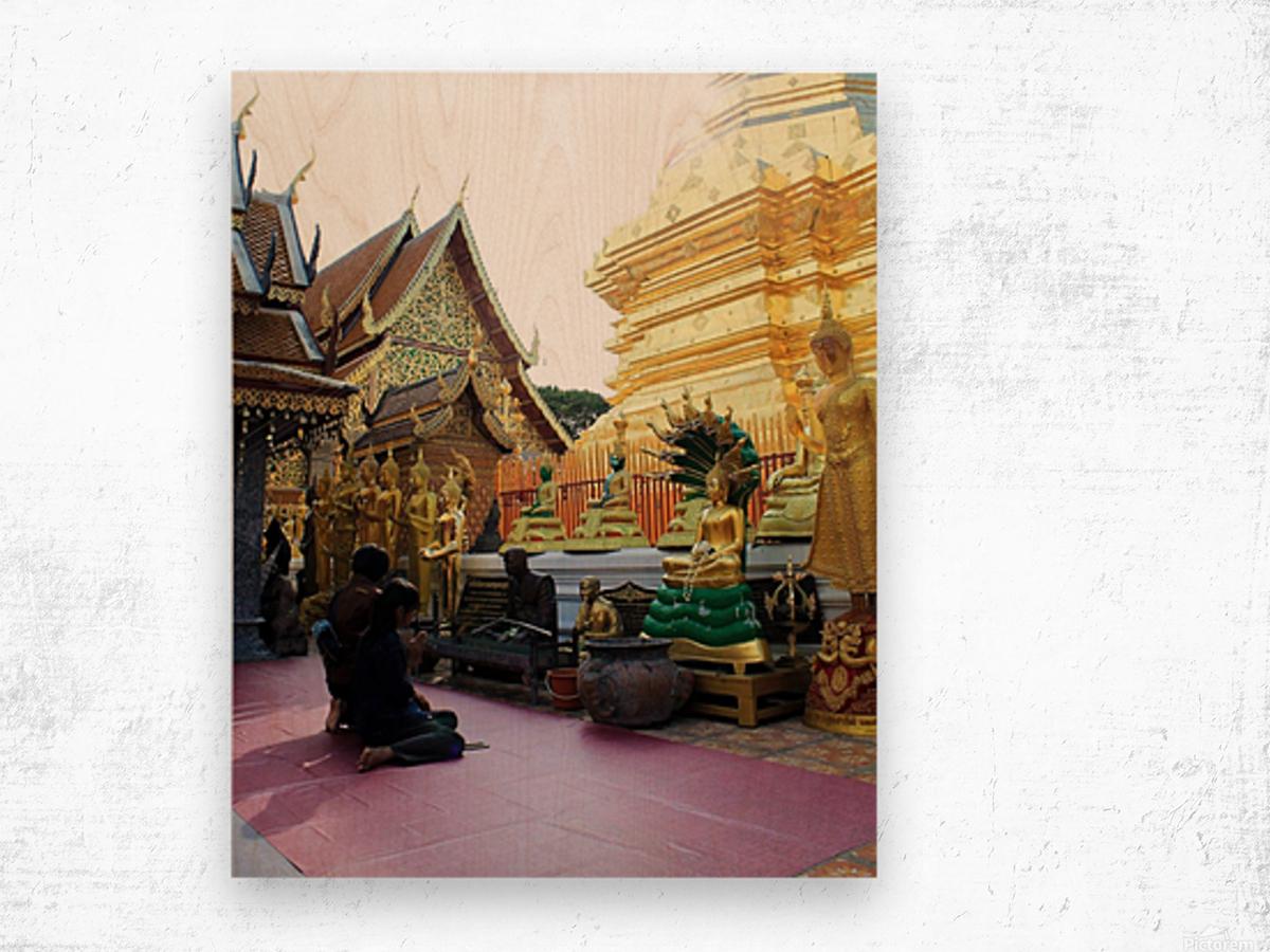 Praying at Doi Suthep Wood print