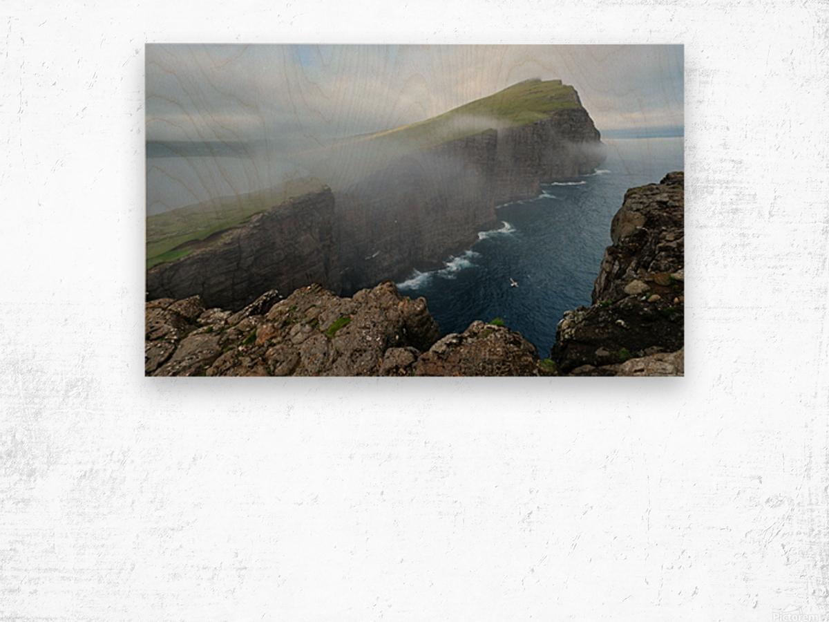Faroe Cliffs Wood print