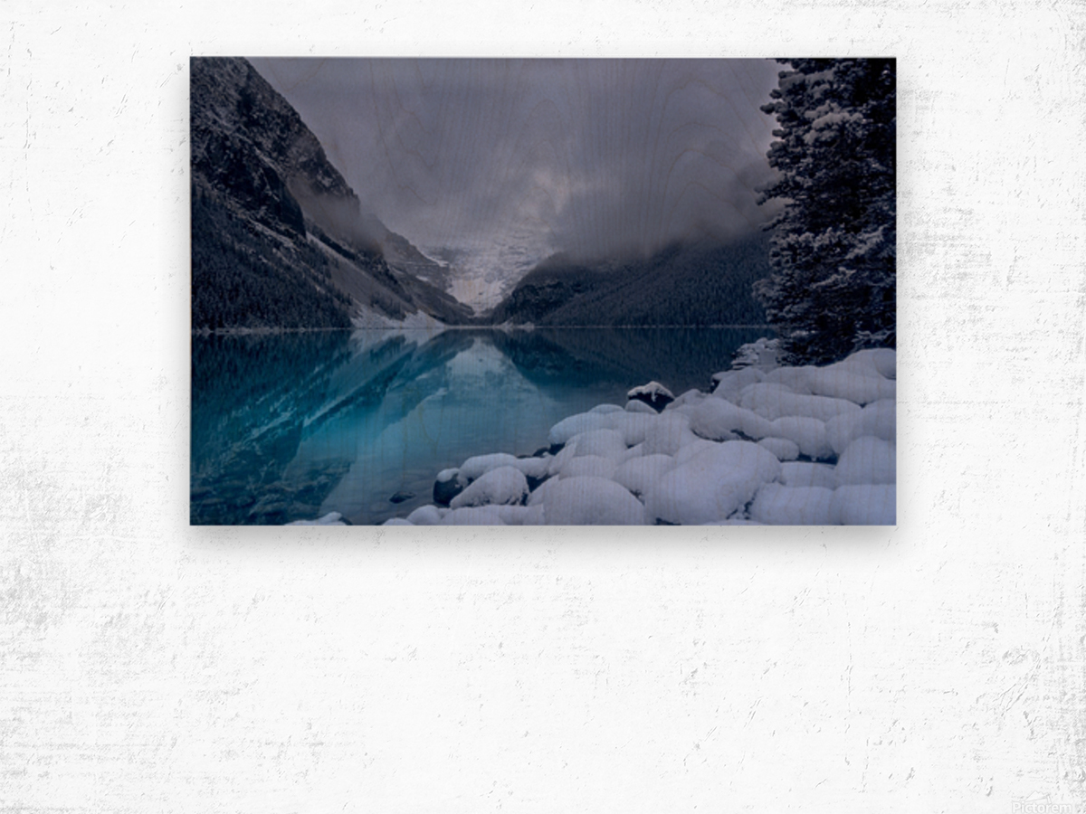 Lake Louise blues Wood print