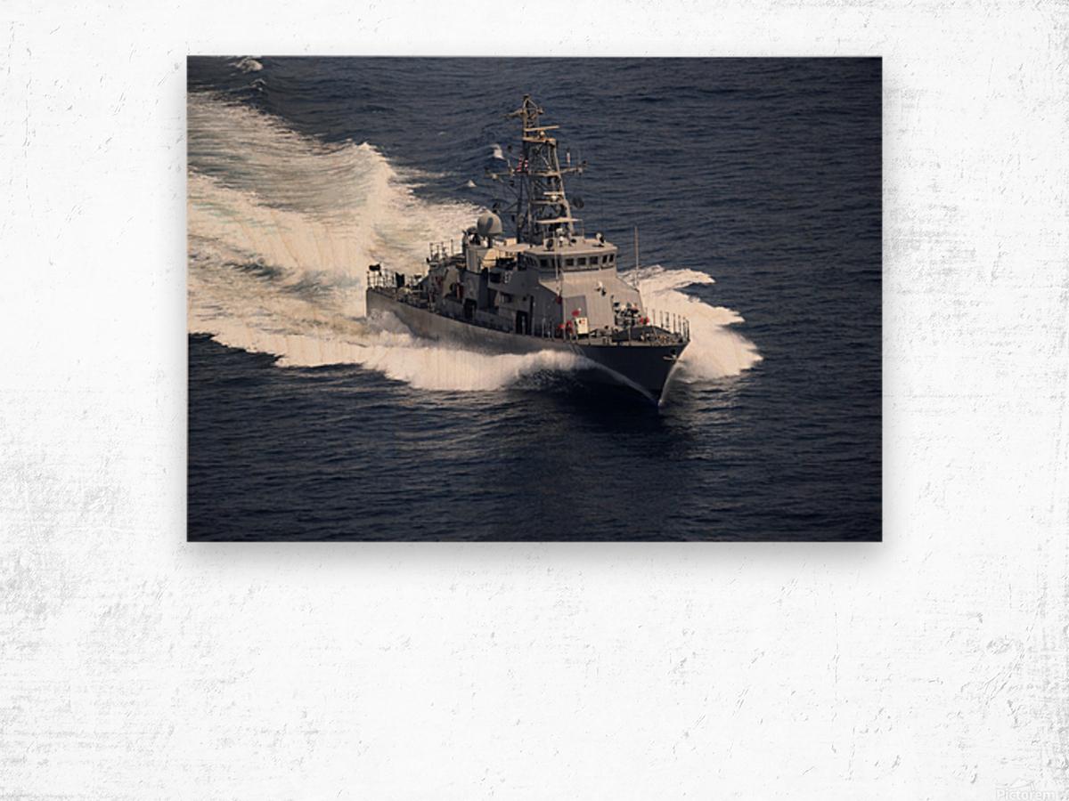 The cyclone-class coastal patrol ship USS Firebolt transits the Arabian Gulf. Wood print