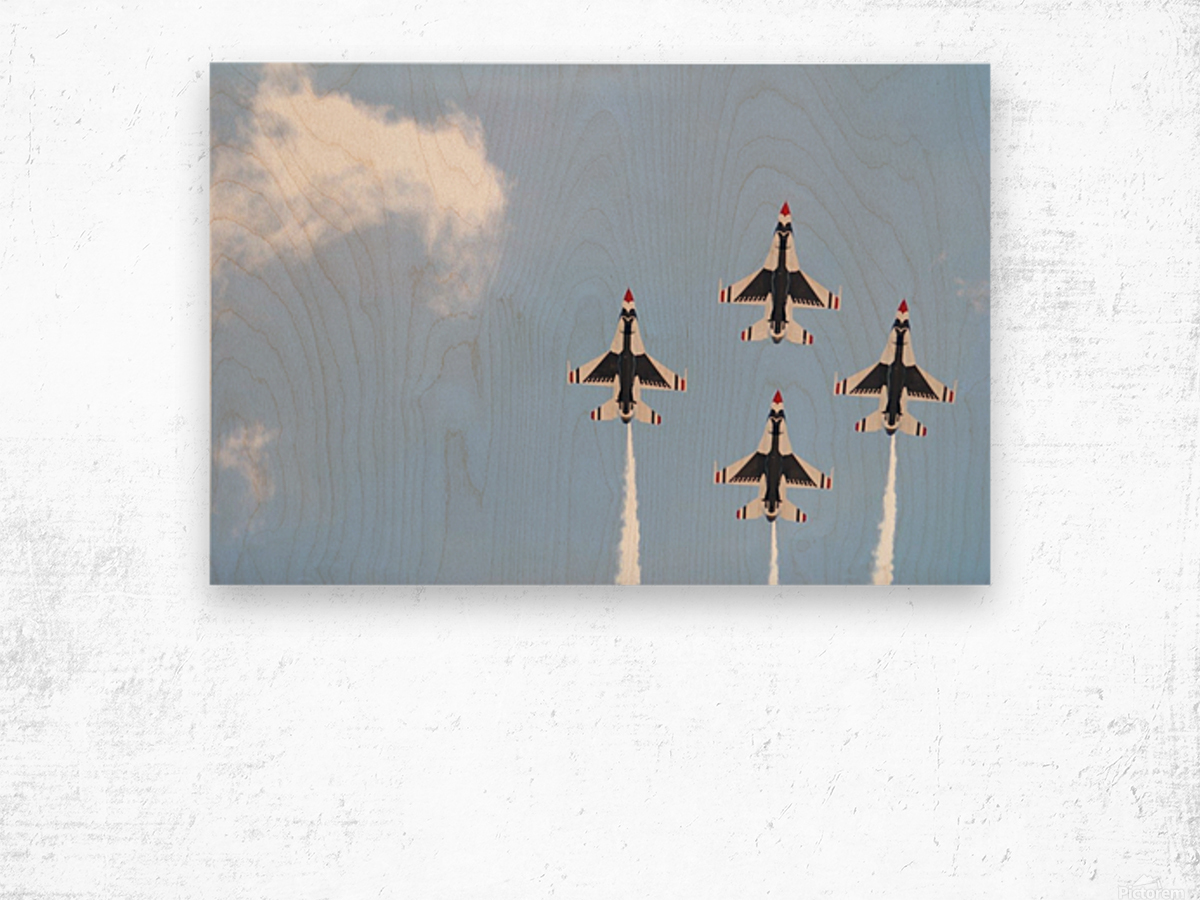 Falcon Formation Wood print