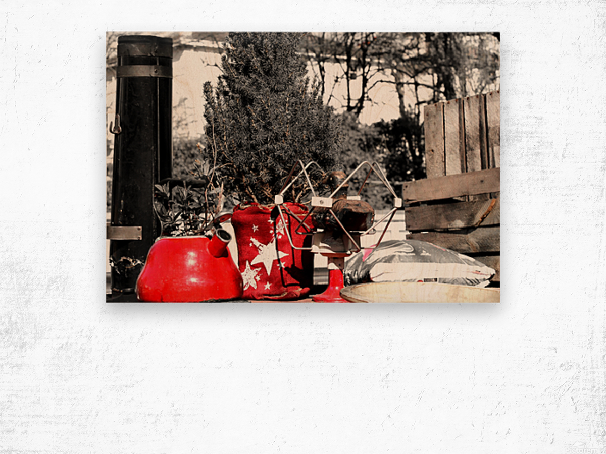 Red Kettle Wood print