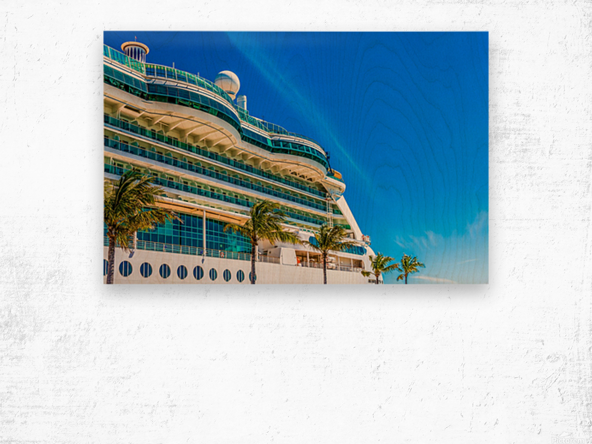 Cruise Ship in Paradise Wood print