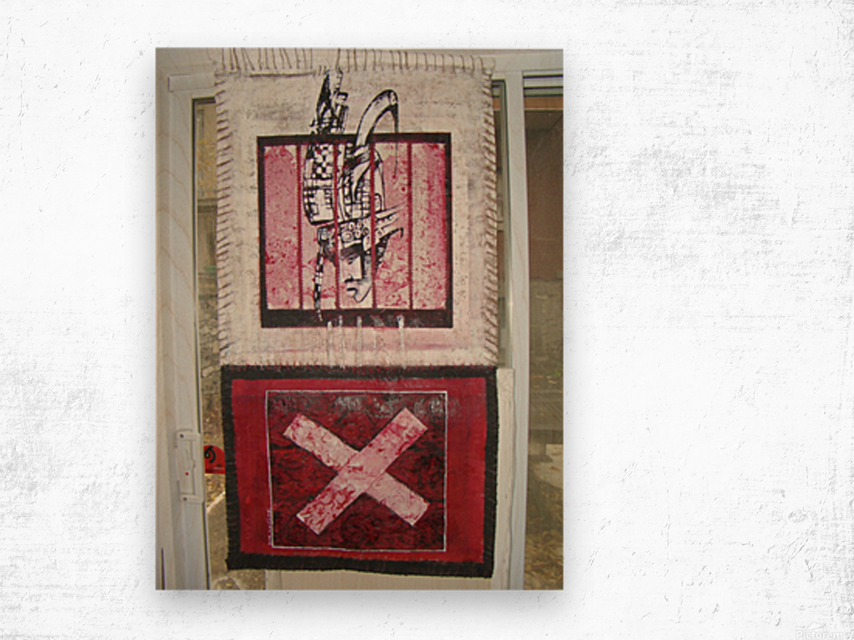 le rouge et le noir Wood print
