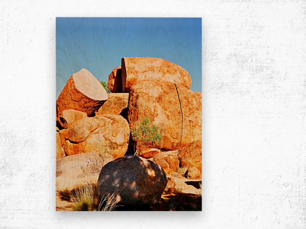 Lone Tree - Devils Marbles Wood print
