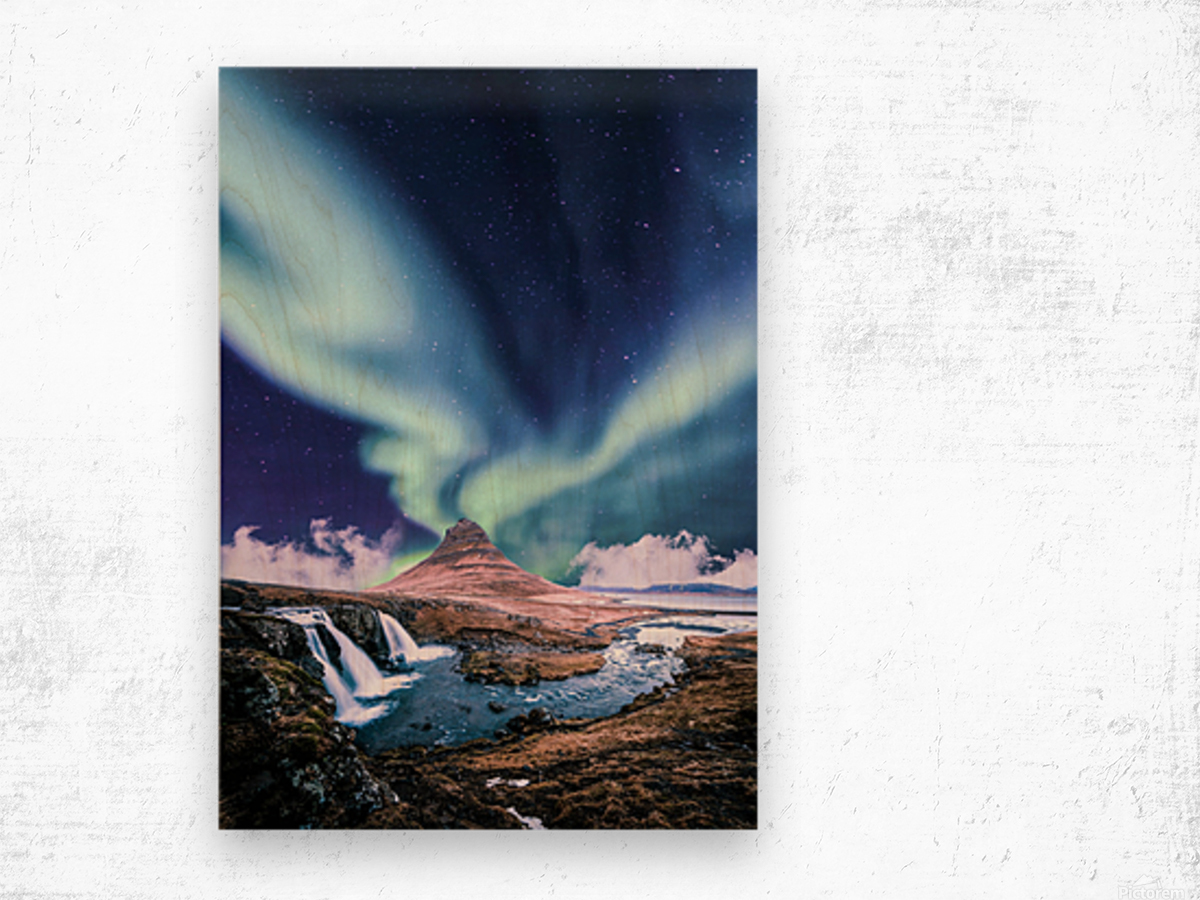 Aurora Polaris And The River Wood print