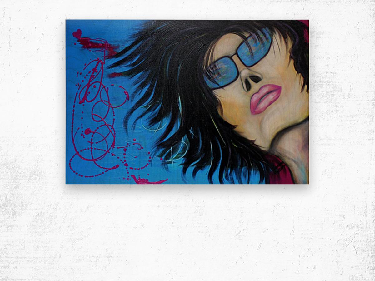 La femme a lunette sous le ciel Bleu Wood print