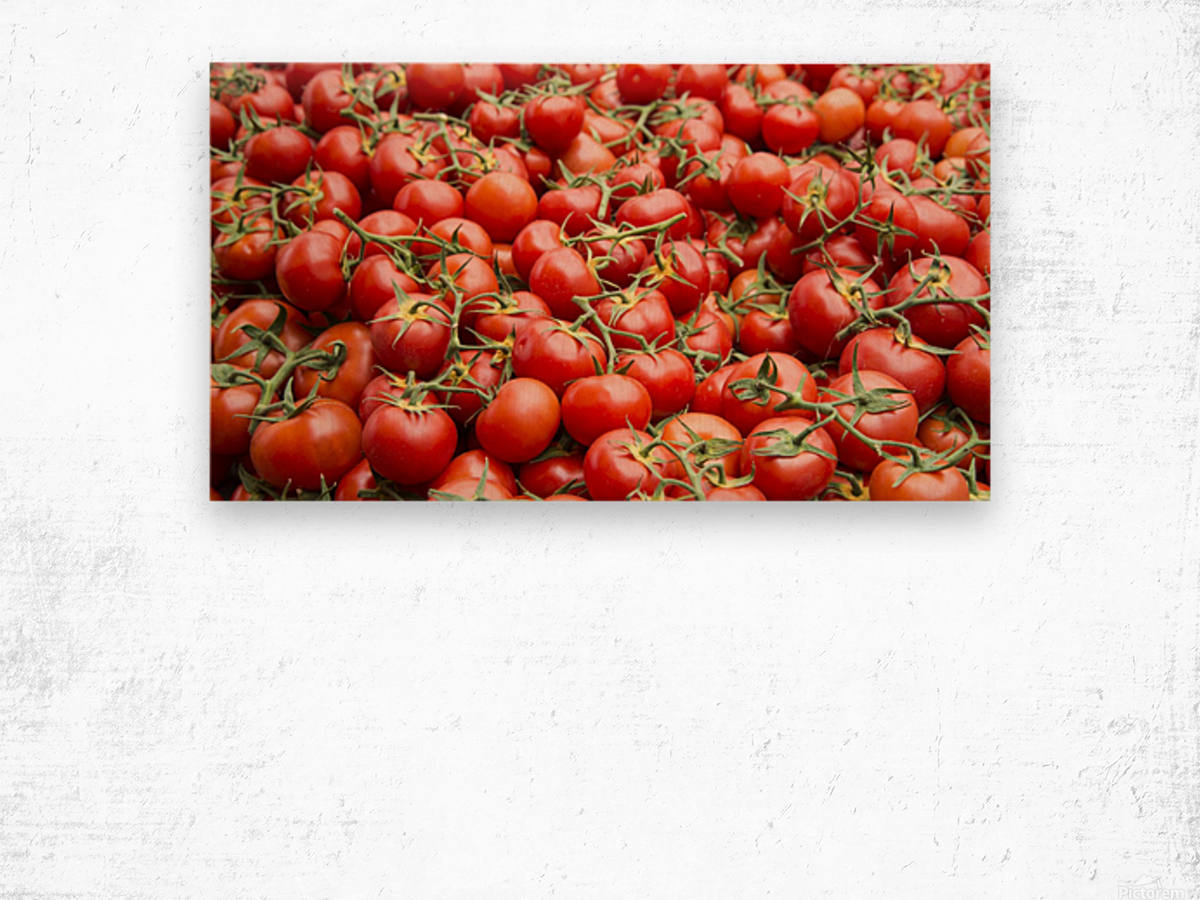 Tomatoes for sale open air market Wood print