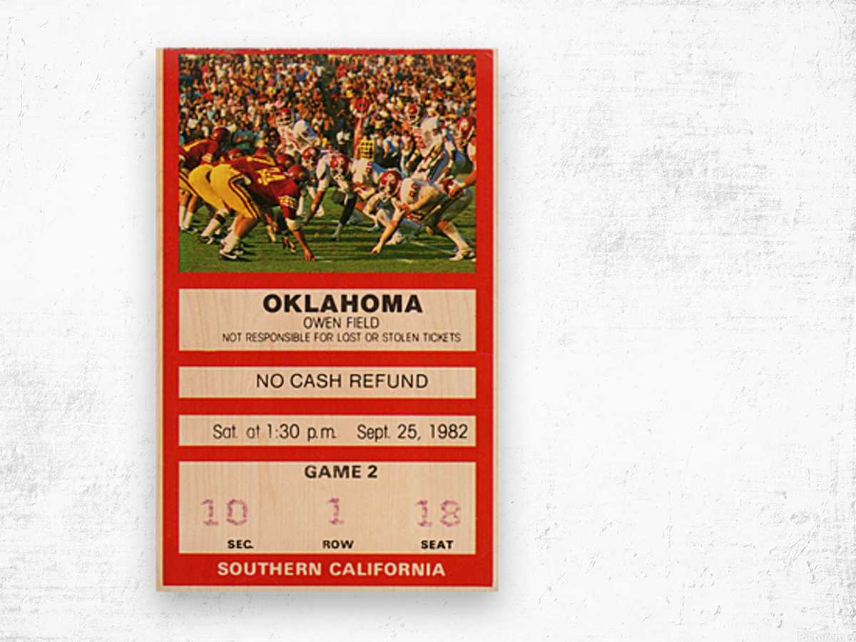 1982 USC vs. Oklahoma Wood print