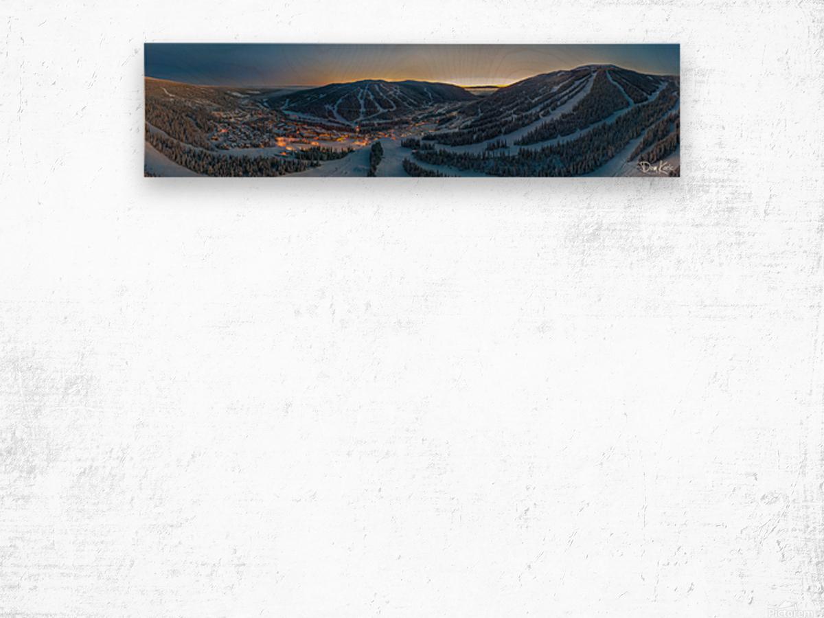 Valley Twilight  Wood print