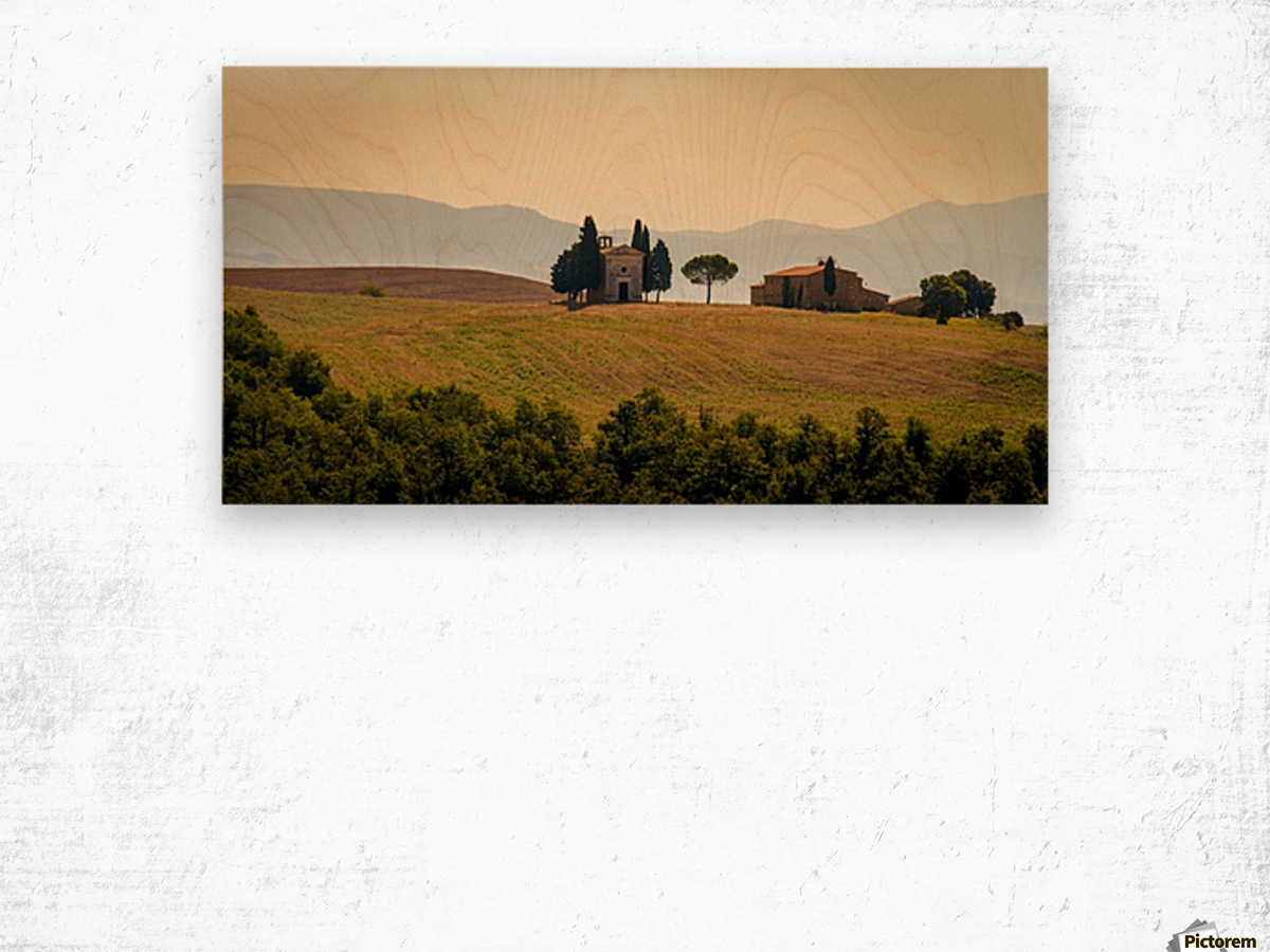 small church in tuscany Wood print