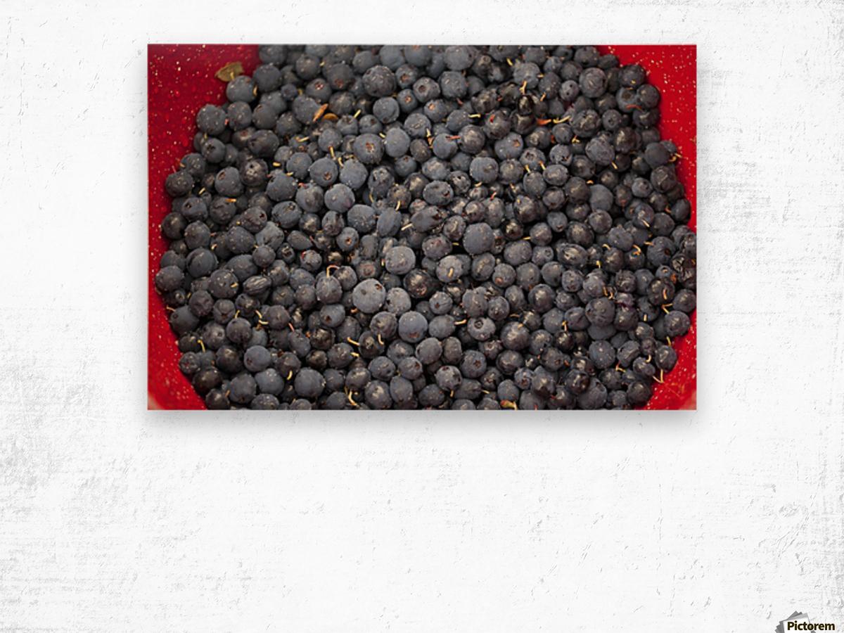 A bowl of blueberries;Alaska united states of america Wood print