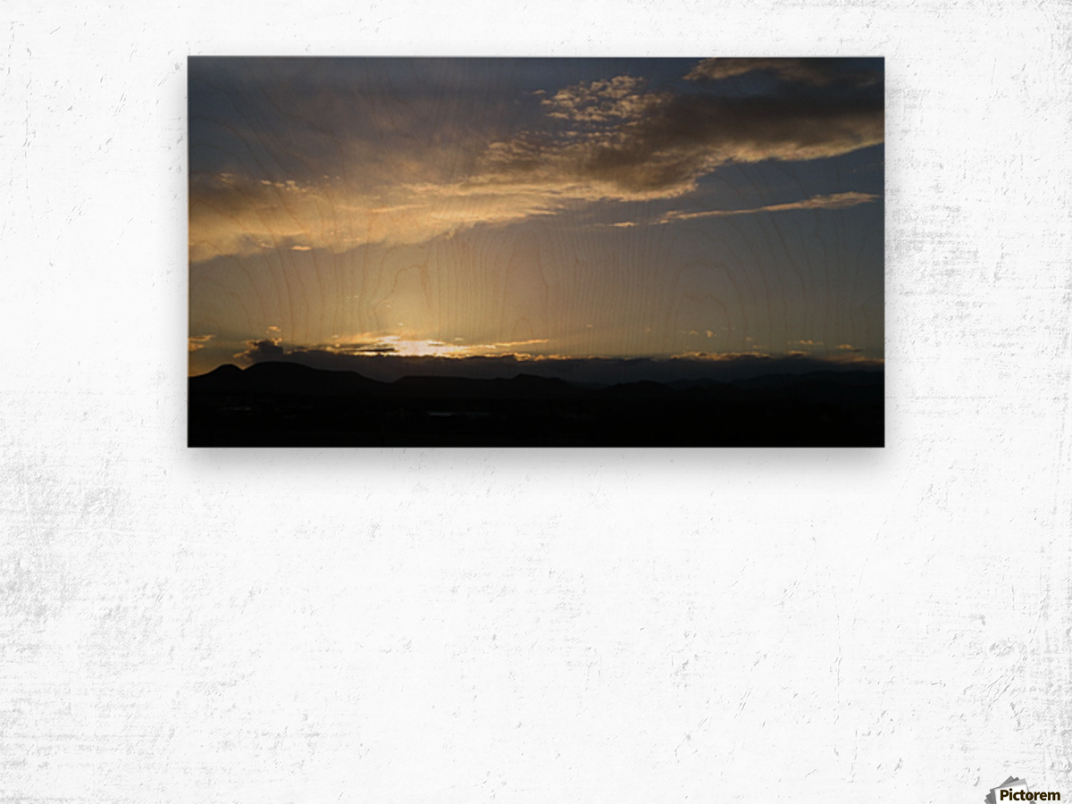 Sunset over the Mountains VP2 Wood print