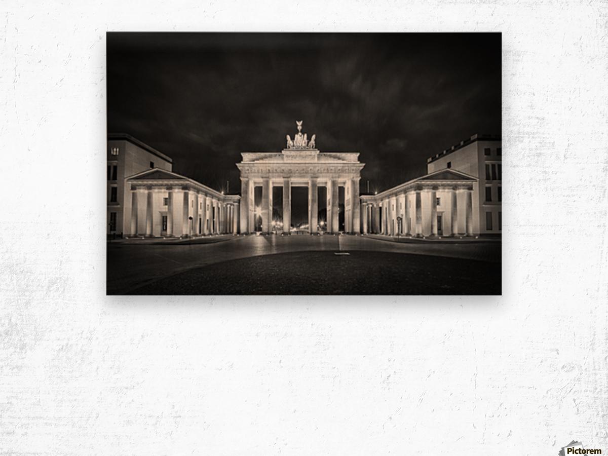 BERLIN Brandenburg Gate | Monochrome Wood print